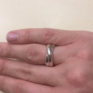 Jewelry - Twisted sterling ring